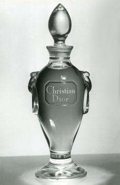 Christian Dior desidera rivoluzionare la femminili