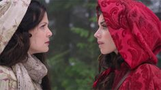 Love the scarf and the hood! Snow and Red from Once Upon a Time Ouat, Cottage Party, Novel Characters, The Last Kingdom, Nfl, 18th Century Fashion, Time Photo, Geek Chic, Red Riding Hood