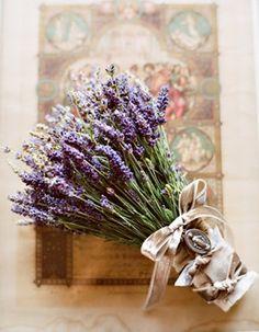 Arkansas Wedding Flowers: Seven Unique Rustic Bridal Bouquets Rustic Purple Wedding, Vintage Wedding Flowers, Purple Wedding Flowers, Rustic Flowers, Bride Flowers, Vintage Bridal, Rustic Bridal Bouquets, Rustic Bouquet, Wedding Bouquets