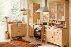 Diese klassische  Landhausküche lädt zum Kochen und Schnacken mit der Familie ein. ♥