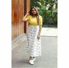Skirt Outfits, Maxi Dresses, Cotton Dresses, Fashion Dresses, Frock Dress, Dress Skirt, Casual Frocks, Kalamkari Dresses, Kurta Patterns