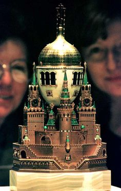 """1906 Moscow Kremlin Egg, the largest Faberge Easter egg on display in the exhibition """"Treasures from the Kremlin: The World of Faberge"""" at Sydney's Powerhouse Museum."""