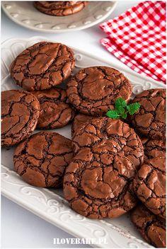 Ciastka brownie - I Love Bake Dessert Recipes, Desserts, Party Snacks, Bon Appetit, Sweet Recipes, Bakery, Food Porn, Good Food, Lunch Box