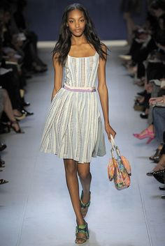 Moschino Cheap And Chic Spring 2009 Ready-to-Wear - Collection - Gallery - Style.com