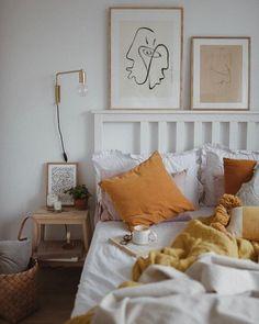 Good Morning Friday! Obecny wygląd sypialni to tylko stan przejściowy. Zmieni się tutaj praktycznie wszystko ale w sumie już teraz podoba…