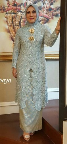 Kebaya mama Kebaya Lace, Kebaya Hijab, Kebaya Brokat, Dress Brokat, Batik Kebaya, Kebaya Dress, Kebaya Muslim, Hijab Dress, Islamic Fashion