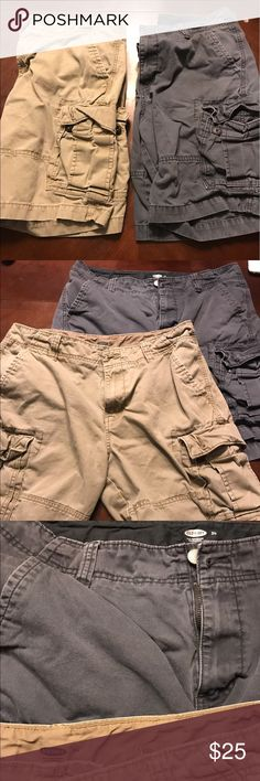 Men Old Navy Cargo Shorts (2) Bought it last year at Old Navy for $34 each. Too loose for me now. Worn a couple of times. No rips or stain. Great condition. Old Navy Shorts Cargo