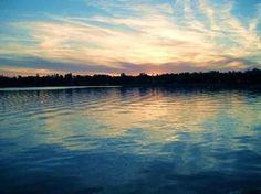 skaneateles-lake-at-sunset_medium%5B1%5D.jpg 320×239 pixels