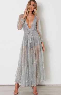 Vestidos Fashion, Fashion Dresses, Maxi Dresses, Party Dresses, Glitter Fashion, Glitter Dress, Glitter Makeup, Glitter Eyeshadow, Glitter Nails