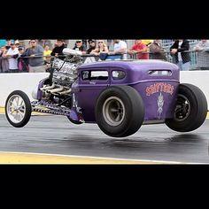Purple people eater in a four wheel hop Old Race Cars, Us Cars, Custom Trucks, Custom Cars, Lowrider, Classic Hot Rod, Classic Cars, Hot Rod Autos, Rat Rod Cars