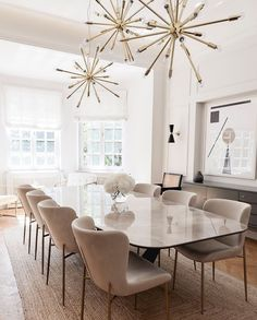 Luxury Dining Room, Dining Room Design, White Dining Rooms, Room Interior, Home Interior Design, Dining Room Inspiration, Living Room Decor, House Design, House Styles