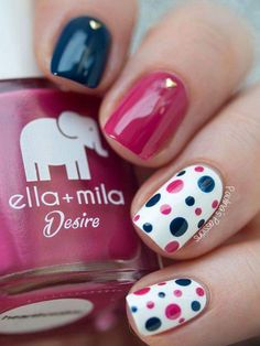 Black And Pink Polka Dots Spring Nails #springnaildesigns #summernails