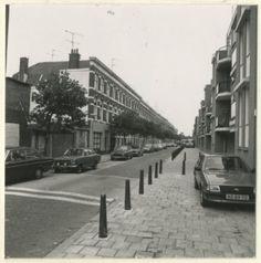 Swammerdamstraat vanaf de Rijswijkseweg naar de Trekweg, 1982