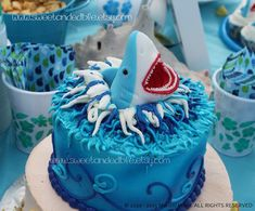 Too Cute Shark cake topper! for Zak Fondant Cupcake Toppers, Cupcake Cakes, Shark Birthday Cakes, 5th Birthday, Birthday Ideas, Shark Cake, Shark Party, Creative Cakes, Cake Creations