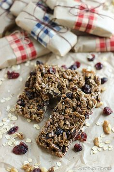 Dark Chocolate Protein Granola Bars l Vegan and Gluten-Free