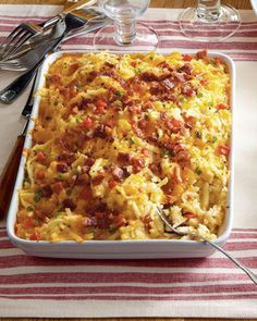 Shop gourmet side dishes at Horchow. Offer a variety of delicious dishes with these easy-bake side dishes. Healthy Soup Recipes, Great Recipes, Cooking Recipes, Favorite Recipes, Potato Recipes, Healthy Foods, Cheesy Hashbrown Casserole, Cheesy Hashbrowns, Potato Casserole
