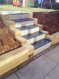 Recent granite patio, sleeper retaining wall and slate steps built for a client . - Recent granite patio, sleeper retaining wall and slate steps built for a client in Lakeside in Roat -