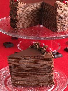 tarta-de-crepes-de-chocolate Chocolate Lovers, Chocolate Desserts, No Bake Desserts, Just Desserts, Chilean Desserts, Bebidas Do Starbucks, Cooking Cake, Crepe Cake, Crepe Recipes