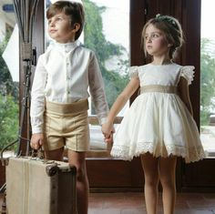 tendencias niños arras o boda - Buscar con Google Little Girl Dresses, Girls Dresses, Flower Girl Dresses, Flower Girls, Kind Mode, Baby Dress, Kids Outfits, Kids Fashion, Marie