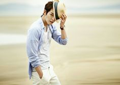 Kim Woo Bin: Not just gorgeous, but a great freakin actor! Love this guy! 😍❤