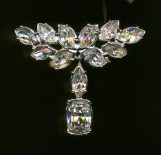 Swarovski Pin Brooch Rhodium Plated Set with Marquis Cut by Dior4U