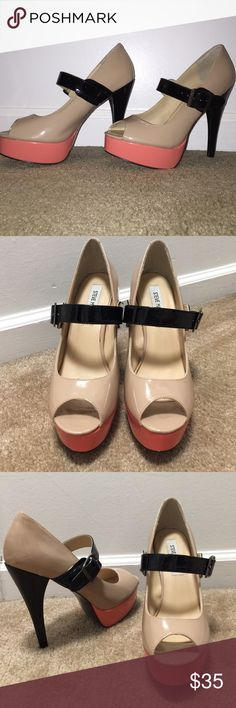 """Peep toe heels! Worn literally one time. Need to be dusted off (lol).. Been in the closet for about a year. Peep toe with an adjustable strap. Nude with black & pink detailing. Around a 5"""" heel Steve Madden Shoes Heels"""
