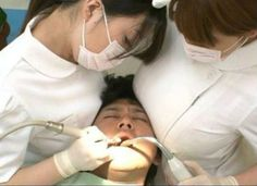 Dentist assistants