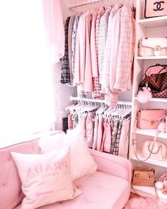 Cute Bedroom Ideas, Girl Bedroom Designs, Pink Closet, Glam Room, Pink Room, Home Room Design, New Wall, My New Room, Room Inspiration