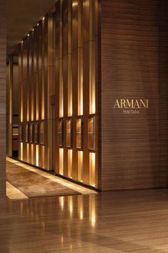 Sparkly Gold — Excellent Armani Hotel Dubai Lobby Design, Design Entrée, Door Design, Design Room, Design Trends, Design Ideas, Interior Design Dubai, Lobby Interior, Luxury Interior