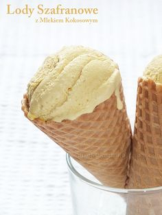 Lody szafranowe z mlekiem kokosowym.