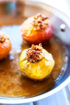 Quinoa Baked Apples from @Wendy Polisi  - Cooking Quinoa. Can't you just smell the autumny-goodness?