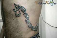 #tattoo #ChainTattoo #chain #tatuaggi #catena #lucchetto