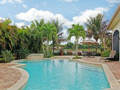 SOLD - Hot Property of the Day - House for Sale in  Il Regalo in Naples Florida