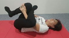 The 7 Best Exercises for Back Pain Slipped disc and Sciatica Dr Gary Tho Good Back Workouts, Lower Back Exercises, Stomach Muscles, Abdominal Muscles, Slipped Disc Exercises, Buldging Disc, Sciatica Exercises, Stretches, Lumbar Pain