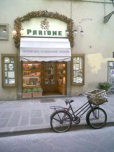 PARIONE - Casa fondata nel 1923. Tipografia e Legatoria storica a Firenze.