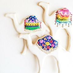 Gorgeous, unusual painted camel cookies