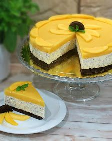 Sernik Chia z mango Mango Chia Cheesecake Oreo, My Favorite Food, Favorite Recipes, Mango Cake, Sandwich Cake, Delicious Desserts, Food Photography, Cheesecake, Cooking Recipes