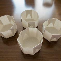 わら半紙でマフィン型を手軽に作ろう! Bread Packaging, Bakery Packaging, Cookie Packaging, Japanese Bread, Homemade Sweets, Origami Easy, Origami Boxes, Origami Design, Colorful Cakes