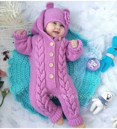 Oyy yerim ki 😍 Yorum ve begeni bekliyorum hanımlar 🤗 Baby bear baby bamsedragt pattern by by amstrup – Artofit Pin by Kristine Fish on Cute This Pin was discovered by hil Image gallery – Page 321937073361283514 – Artofit Knitting For Kids, Baby Knitting Patterns, Baby Patterns, Free Knitting, Free Crochet, Crochet Pattern, Crochet Hats, Pull Bebe, Baby Overalls