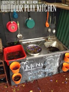 Adventures at home with Mum: Mud Kitchen Outdoor.  Super easy fun! Hope to use ONE of the stinks I found in the old daycare today for something like this!