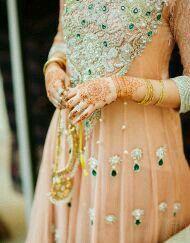 Umber and Zohair's Pakistani wedding - Shaadi Bazaar Pakistani Wedding Outfits, Bridal Wedding Dresses, Bridal Outfits, Pakistani Dresses, Bridal Style, Wedding Themes, Wedding Ideas, Desi Wedding, Jewerly