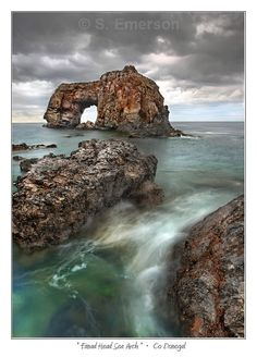 Great Pollet Arch, Co. Donegal, photo by Steve Emerson