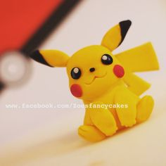 How to make a pikachu model out of fondant, modelling paste, fimo, polymer clay. Pokemon cakes and models. Pikachu Pikachu, Bolo Pikachu, Pikachu Cake, Pokemon Birthday Cake, Pokemon Party, Cake Decorating Techniques, Cake Decorating Tutorials, Pokemon Cake Topper, Pokemon Cakes