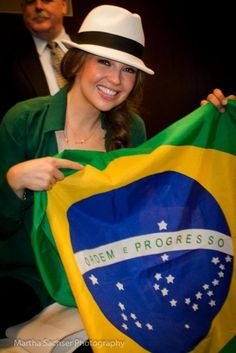 Brasil -- I think the Brasilian flag is just beautiful!