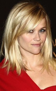 Blonde hair with highlights and lowlights - and the cut is great! Reese Witherspoon
