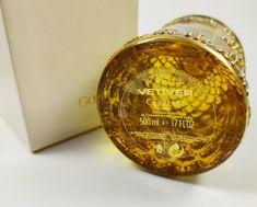 GUERLAIN VETIVER 500ml EDT Eau de Toilette NEU Gold Bee SEALED BOTTLE VINTAGE | eBay Guerlain Paris, Vintage Beauty, Seal, Bottle, Gold, Eau De Toilette, Fragrance, Health, Flask