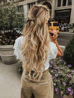 Gaucho - Barefoot Blonde by Amber Fillerup Clark Ombré Hair, Hair Day, Blonde Hair, Curly Hair, Pretty Hairstyles, Braided Hairstyles, Medium Hairstyles, Short Haircuts, Hairstyle Ideas