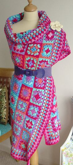 Granny Square Chic Dress Inspiration  Oh I hate these colors. I would do it different. Maybe black and white or ??