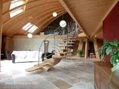 Casa domo interior escalera
