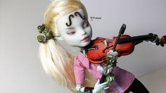 Monster High Frankie Stein Violinist OOAK Repaint Custom by Anikamissik | eBay